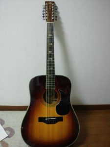 Morrisの12弦ギター